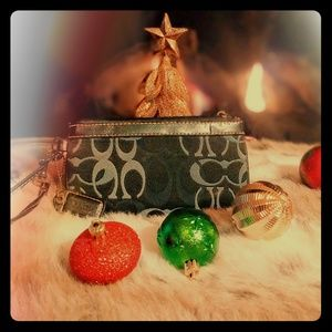 Coach wallet/wristlet, black and gray